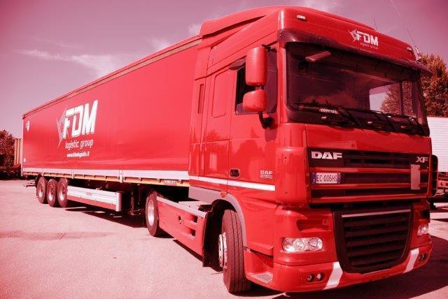 Coordiniamo il trasporto contemporaneo  per più clienti di merci con la massima affidabilità e puntualità.