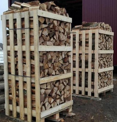 Колотые дрова: дубовые, берёзовые, хвойные (ель/сосна), 25см, 33 см, упакованные на поддоне (1,5м³). Цена дубовых дров за 1,5м³- 61  €/поддон на нашем складе в Могилеве (FCA-Могилев). Цена берё