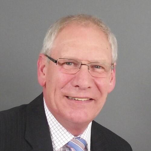 Günter Pfeifer, Geschäftsführer