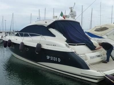 TESSILNAUTICA - Tappezzerie per la Nautica ARREDAMENTI SU MISURA