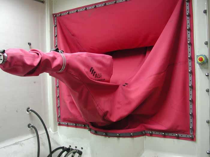 Grenaillage housse fenêtre et poignet