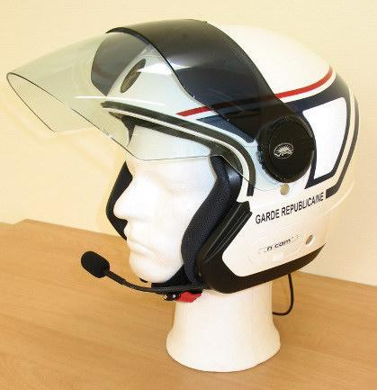 Abeillon, société spécialisée dans la commercialisation de casque audio pour motards.