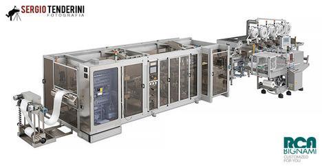 fotografia di macchinari industriali, post-produzione per scontorno e ricostruzione trasparenze dei plexiglas