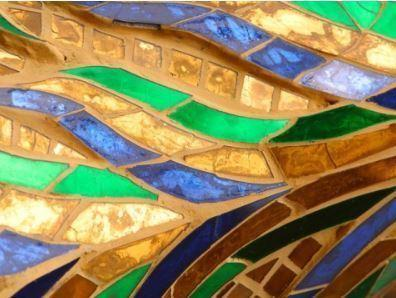 le realizzazioni in vetro soffiato sono veri e propri capolavori per la delicatezza e la sinuosità nelle forme