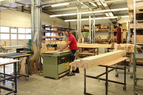 Tischlerei, Massivholzbearbeitung