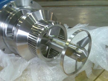 Rotor stator avec hélice de pompage