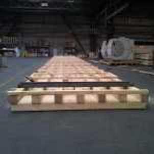 Sonderpaletten in den Maßen von 600 x 400 mm bis 15.000 x 2.500 mm