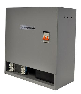 Dispositivo di emergenza per ascensori idraulici per apertura porte cabina