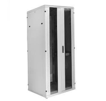 """Серверный шкаф серии СР сконструирован для защиты 19"""" оборудования от повреждений механического характера и ограничения доступа лиц, не имеющих соответствующего разрешения."""