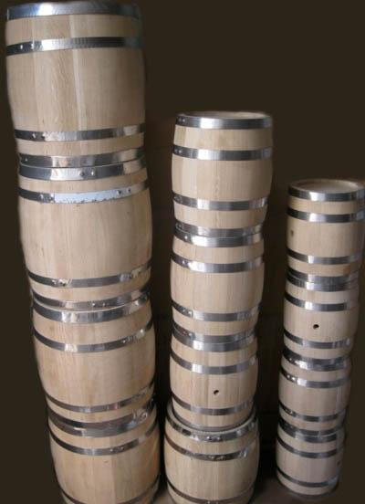 Wine barrels from 1 L to 500 L, ukrainian oak, for amateur and professional use