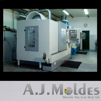Manufacture of injection moulds for plastics, rubbers and die-casting