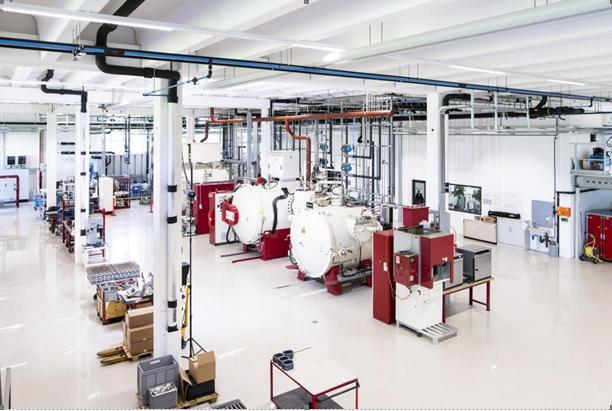 Produktionshalle am Hauptsitz Liechtenstein