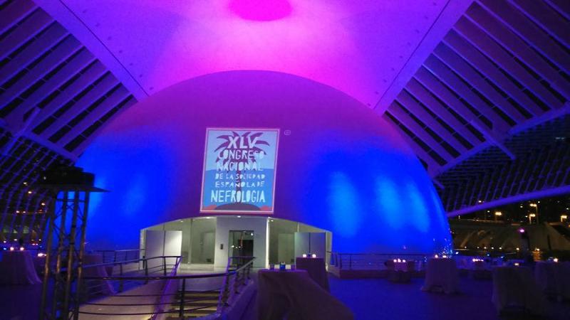 Congreso en Hemisferic, Ciudad de las Artes y de las Ciencias de Valencia. Iluminacion, sonido, audiovisuales, carteleria y catering.