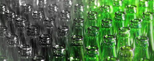 Spezialreinigung von Flaschenwaschanlage