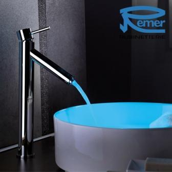 High Wash basin mixer / Miscelatore per lavabo alto