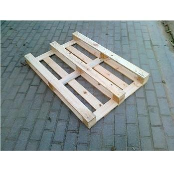 Our core business is the production of pallet sizes and types per custom order. Our range includes disposable, partial or true two-way and four-way pallets.