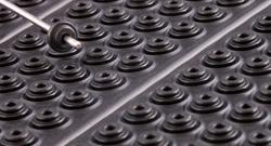 Herstellung und Vertrieb von zeichnungsgebundenen, statischen Dichtungen, wie Flachdichtungen, gestanzte und wasserstrahlgeschnittene Dichtungen und werkzeuggebundene Formteile aus Gummi.