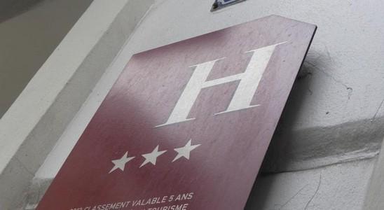 HOTEL DE PARIS SAINT GEORGES +33 1 48 74 10 94