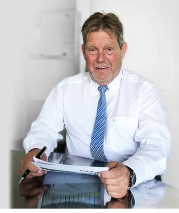 Dirk Häusgen, Geschäftsführer