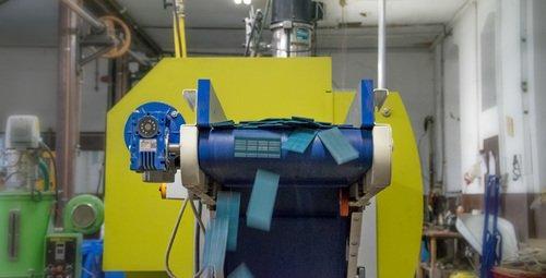 Verglasungsklötze in Produktion