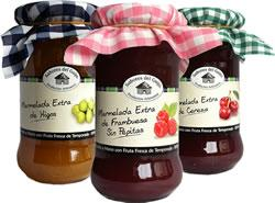 Mermeladas de frutas elaboradas con fruta fresca de temporada. Fruta 65%, Azúcar 35%.