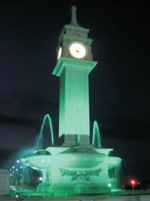 12 Mt.Fıskiyeli havuzlu Fiberglass-çelik konstrüksiyon takviyeli meydan,şehir saat.