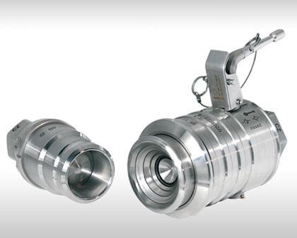 Clean-break couplings for difficult fluid or gaseous media. (non-lubricating media as well as lubricating media). Highest safety standards and optimally operable through automatic locking.