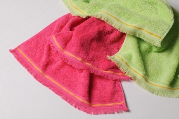 Towels, 100% cotton.