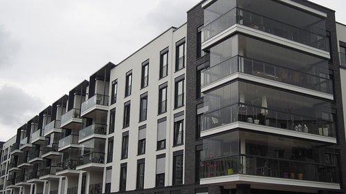 Lumon Balkonfassade Neubau in Mainz
