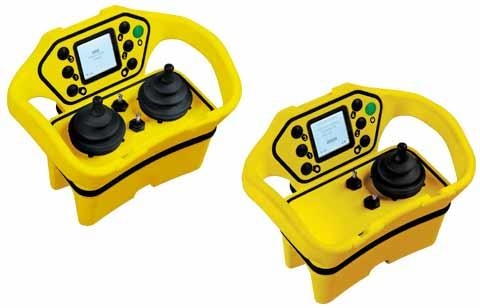 Compact, ergonomic, bidirectional, display, versions with 1 or 2 joysticks + 4 to 7 buttons, safety stop SIL3 and PLe, configurable