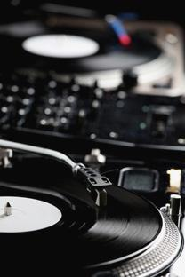 We`re experienced in Vinyl Mastering since 1991.