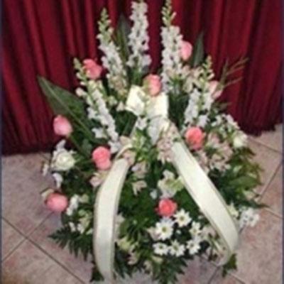 L'agenzia onoranze funebre BOCCABELLA si occupa del disbrigo pratiche per il servizio funerario.
