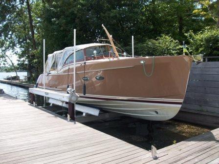 4-post Boatlift