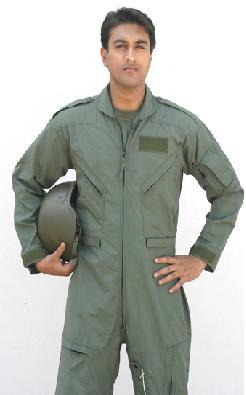 Lyra produces fire - retardant Flyer Coveralls in NOMEX® as per military specification MIL-C-83141A. The best quality coveralls at the best price.