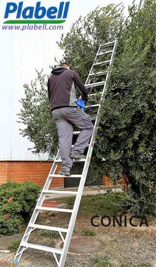 Plabell ha cambiado el modelo de la escalera agrícola CÓNICA mejorando su estabilidad y seguridad de apoyo, siguiendo las exigencias laborables del sector.