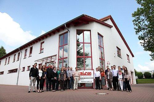 Firmengebäude, Team