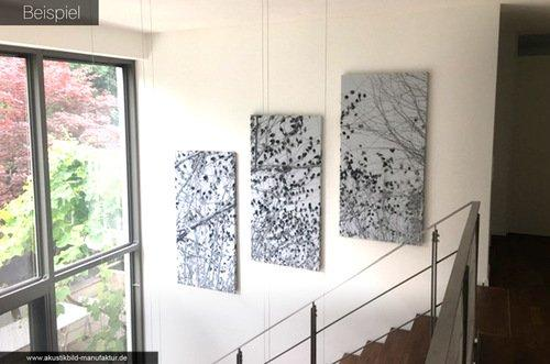 Design-Akustikbilder an offener Treppe