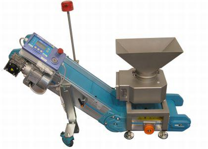 With FlatLine coil and conveyor and is used underneath injection moulding machines.The detector reliably detects fragments of broken tools and conveys them into a collection container.