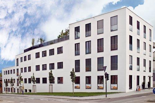 Geschäfts- u. Wohngebäude