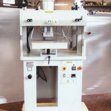 stampatrice per pelletteria