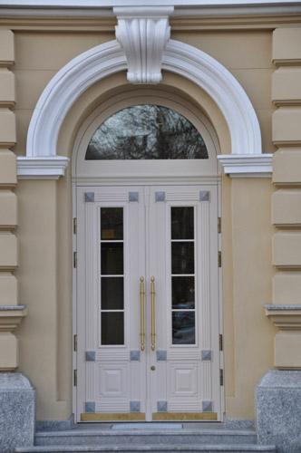 Saving authenticity is essential for the buildings of architectural inheritance. SKYDAS doors can do that.