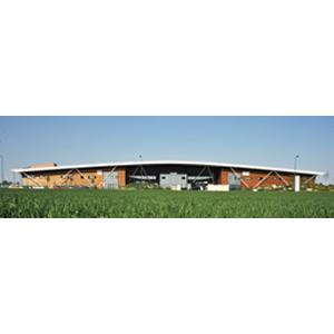 7500 m2 factory Modern and efficient architecture
