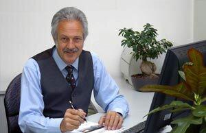 Klaus Hunzinger, Geschäftsführer