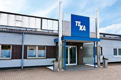 TEKA is located in the heart of the German Münsterland in the city of Velen with more than 100 employees and an additional communication centre located in the nearby Borken Weseke.