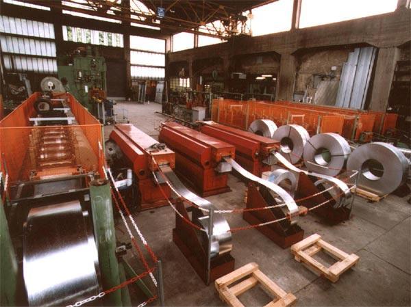Profilatrici per nastri d'acciaio