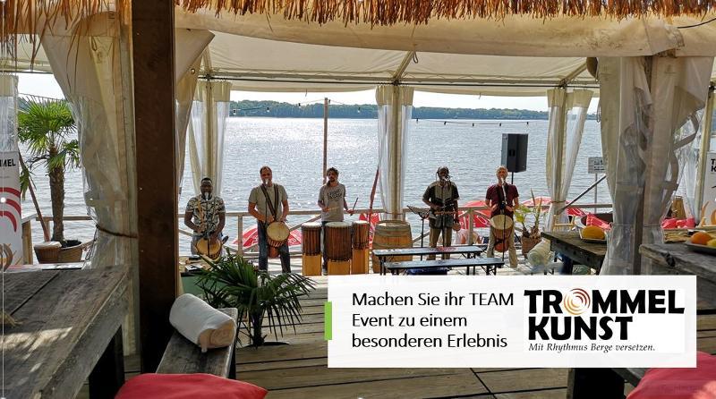 Firmenfeier mit Trommel-Show Team Event