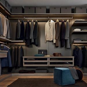 Nuova collezione zona notte poliform. Dai letti alle cabine armadio. La loro caratteristica principale è la massiva versatilità.