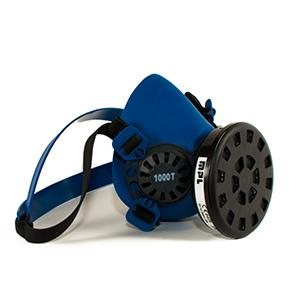 Reusable half mask respirator made in thermoplastic for 1 activated carbon filter.