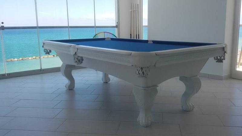 Fantastic pool table 8ft,produced by Cirillo Biliardi