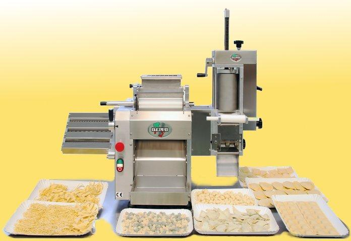 Professional modular pasta machine based on a sheeter. With the appropriate accessories it can produce: short pasta, long pasta, ravioli of many shapes and gnocchi.